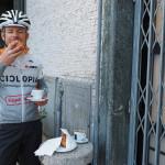 2. Frühstück mit Cafe beim Bahnhof in L'Aquila