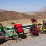 oman per bike: am weg von dhank nach al hamra