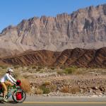 radreise oman: am weg von dhank nach al hamra