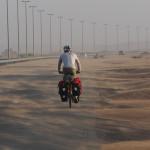 radreise oman: von dubai auf der autobahn nach al ain