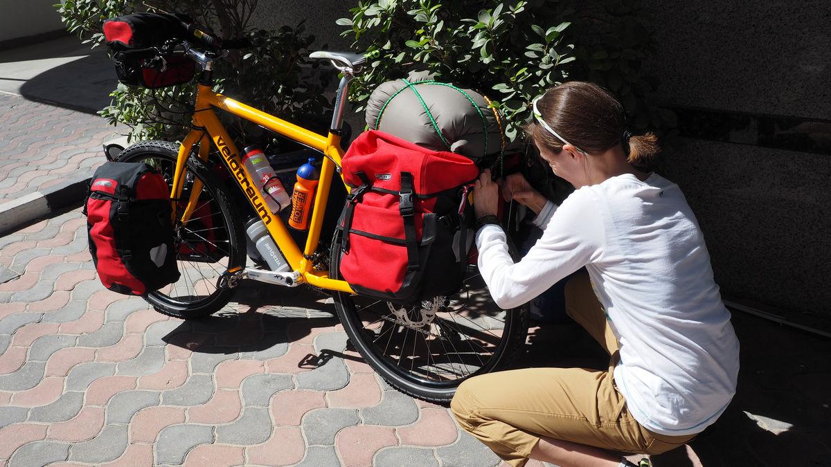 letzter Bike-Check vor unserem Hotel