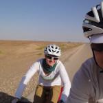 die ersten Kilometer im Oman: herrlich einsam