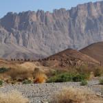 "steinalte ""Bienenkorbgräber"" vor dem Jebel Misht (Kamm-Berg)"