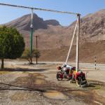 Wassertank-Station am Weg nach Al Hamra