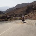 Schotter Ende kurz vor dem Pass nach Al Hamra