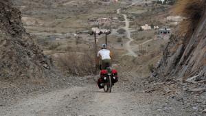 kleine Siedlung am Weg ins Wadi A'Sahtan