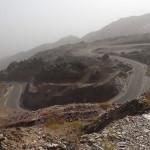 Blick auf unsere Abfahrt vom ca. 920m hohen Pass nach Lihban