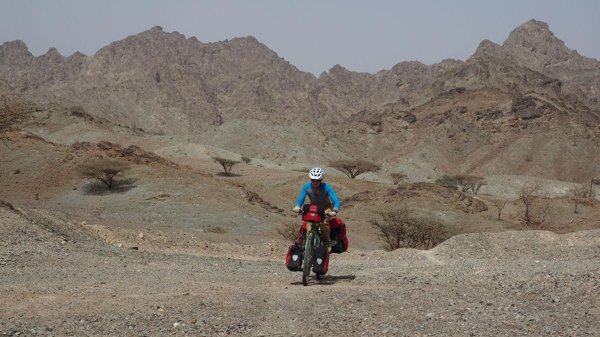 Bergland um Al Masarrah