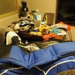 Packen und Räder zusammen bauen im Backpackers Hostel - Taipeh