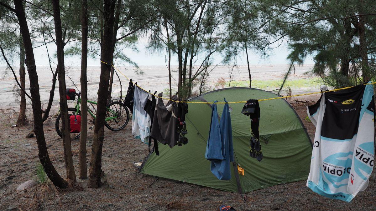 unser Zeltplatz am Strand