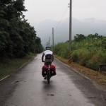 auf nassen Straßen Richtung Hualien