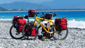 kurze Pause am Strand bei Taimali