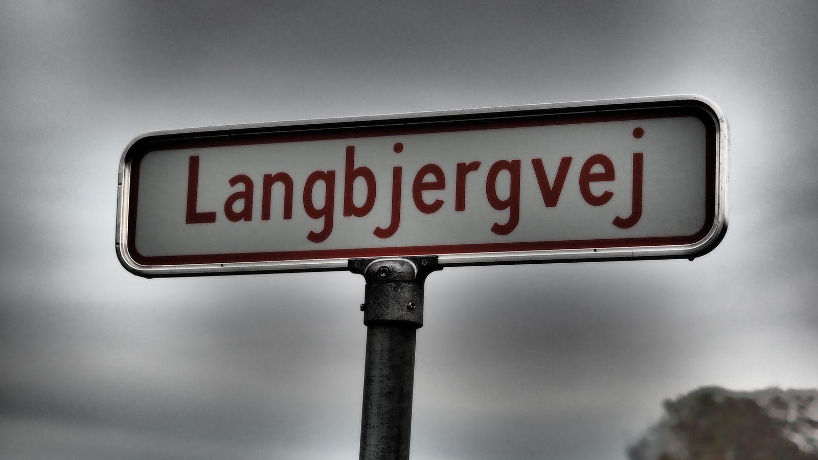 """flach wie Holland und doch überall der Name """"Bjerg"""""""