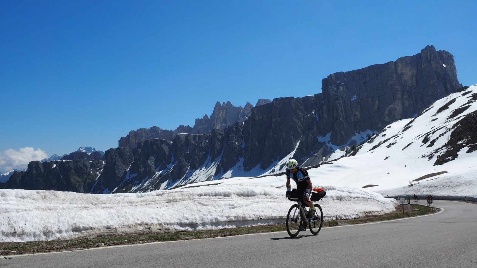 Auffahrt zum Passo di Giau (2.236m)