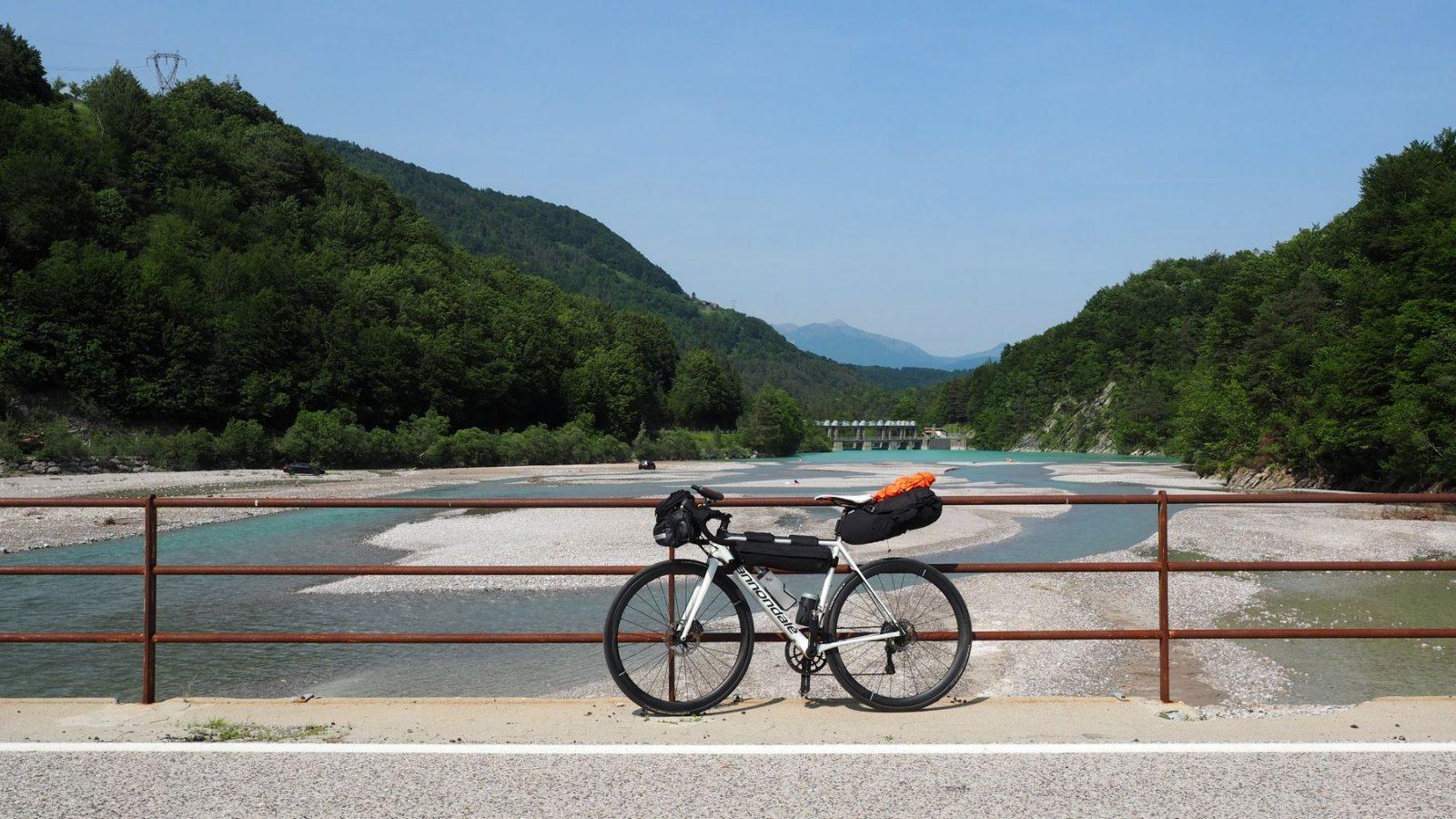 der Tagliamento - nach der Abfahrt vom Passo Rest