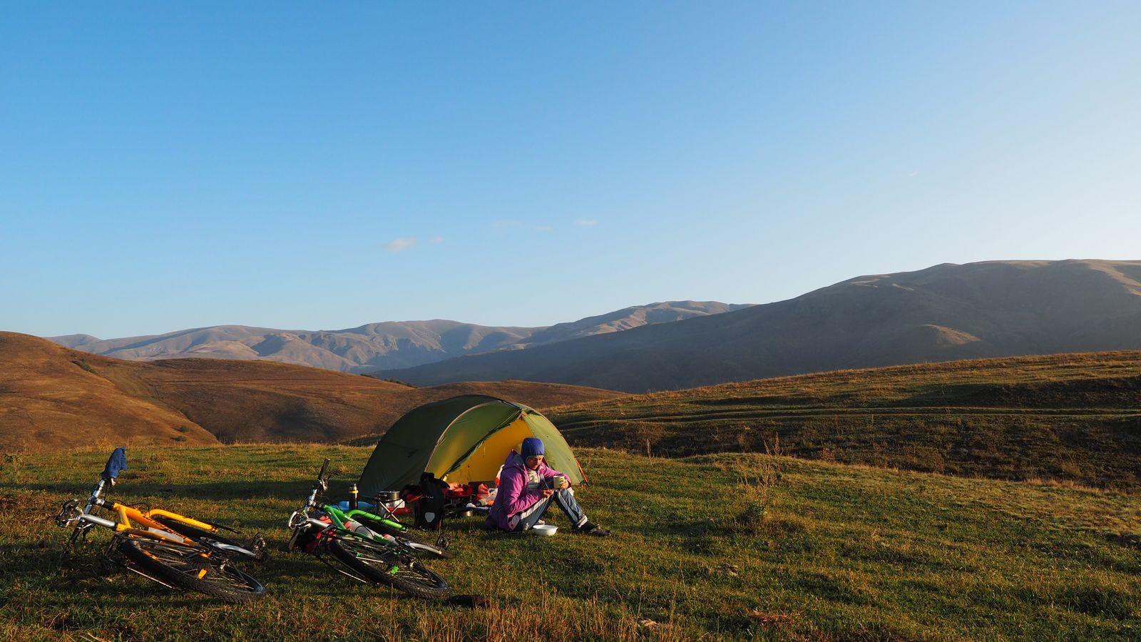 Radreise Armenien - zwischen Bazum- und Pambak-Gebirge
