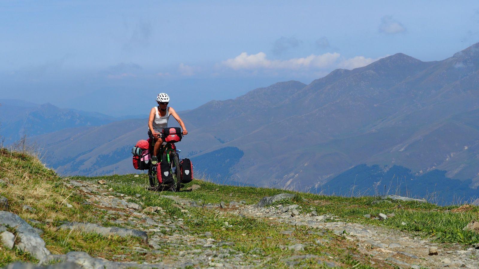 Radreise Armenien - Auffahrt zum Margahovit-Pass