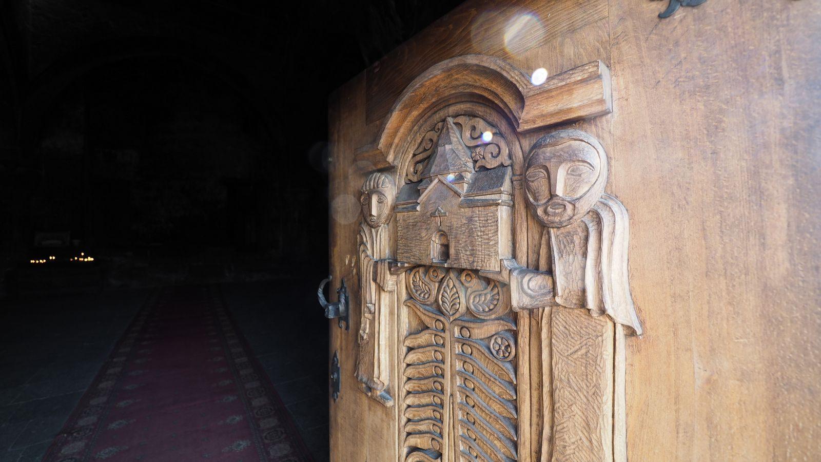 Radreise Armenien: Kloster Hayrawank am Sewansee
