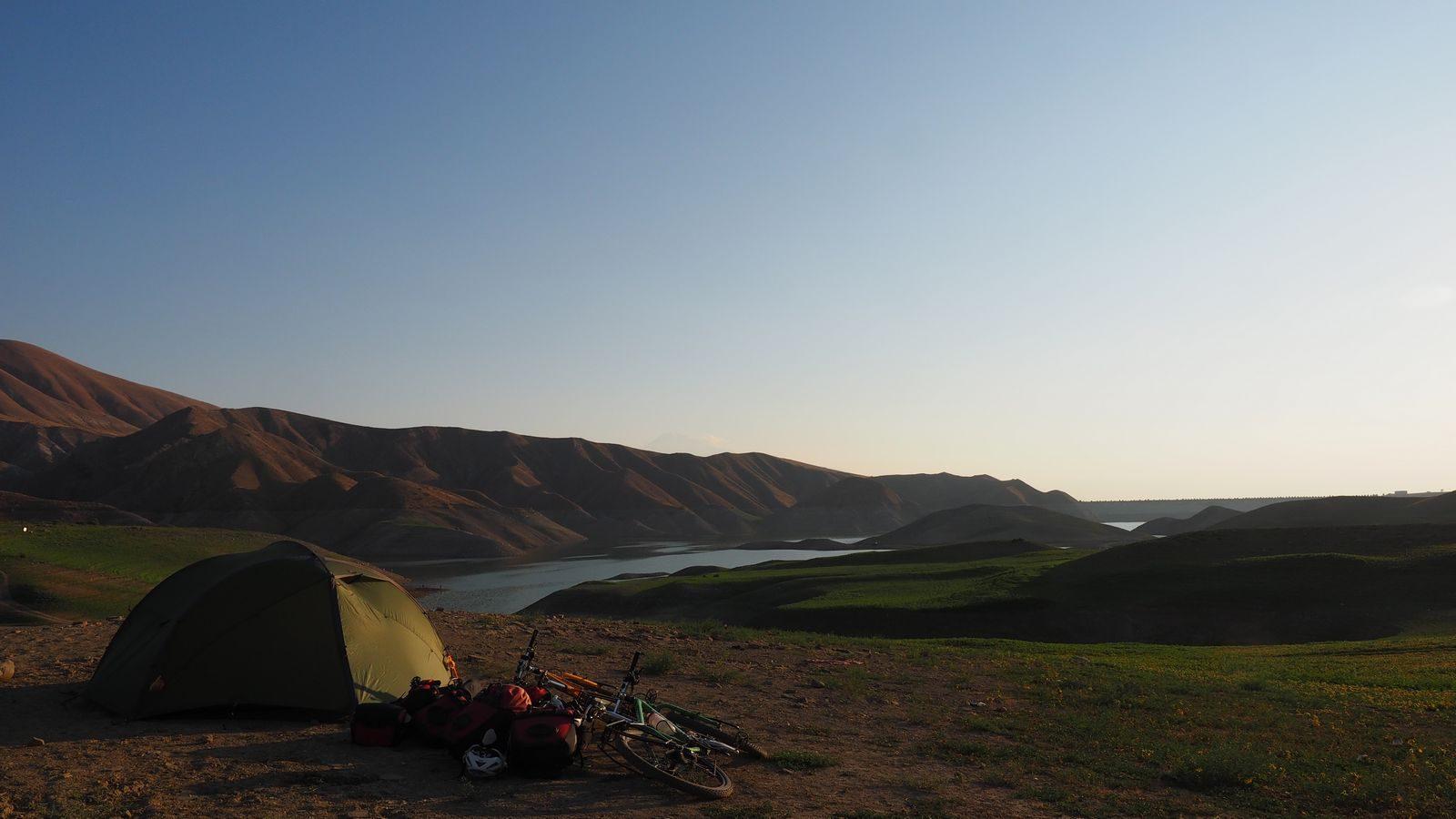 Radreise Armenien - Zeltplatz beim Azat Reservoir