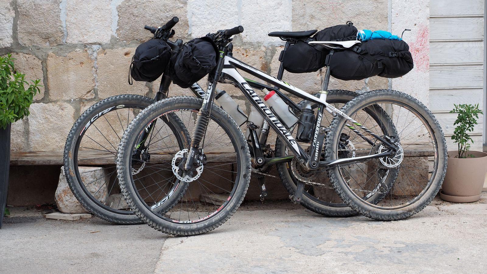 MTB Bikepacking – unsere Ausrüstung inkl. Test Topeak Frontloader